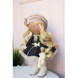 Куколка-блондиночка